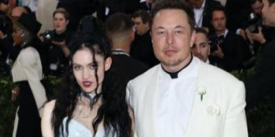 مؤسس تسلا يعلن انفصاله عن المغنية جرايمز