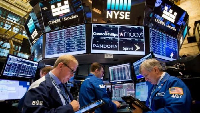 تباين أداء مؤشرات سوق الأسهم الأمريكية