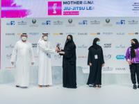 المنصوري: المرأة الإماراتية نموذج ناجح بدعم القيادة الرشيدة