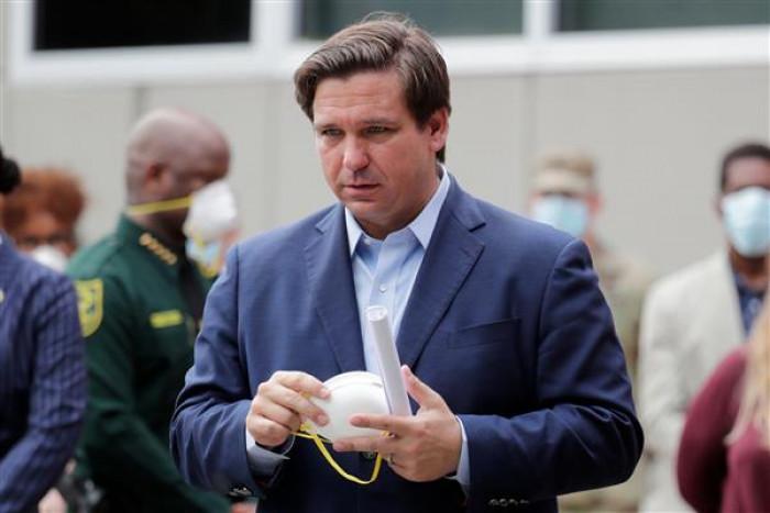 لهذا السبب.. حاكم فلوريدا يوجه بإخضاع فيسبوك للتحقيق