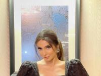 روجينا تتألق بالأسود في أحدث جلسة تصوير (صور)