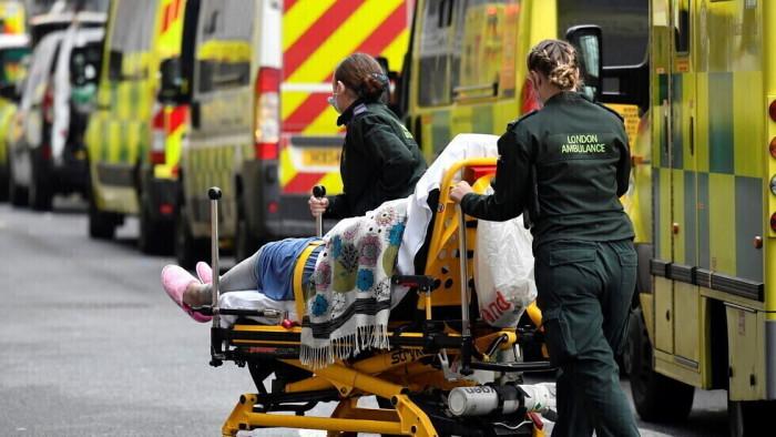بريطانيا: 167 وفاة و34,526 إصابة جديدة بكورونا