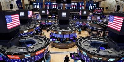 هبوط مؤشرات الأسهم الأمريكية