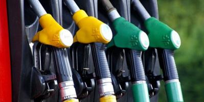 بريطانيا تتوقع استمرار نقص البنزين حتى عيد الميلاد