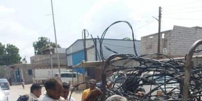 تواصل حملة فصل الكهرباء عن المخالفين في عدن