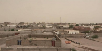 هجوم مدفعي حوثي على حي الجروبة