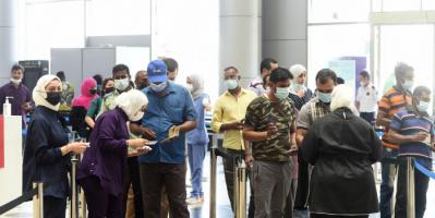 الكويت: ارتفاع حصيلة إصابات كورونا إلى 412158