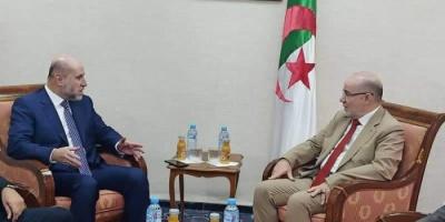 قاضي قضاة فلسطين يبحث مع وزير الأوقاف الجزائري الأوضاع بالقدس