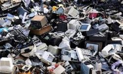 خبراء يحذرون من تزايد حجم النفايات الإلكترونية