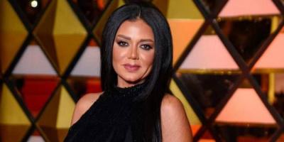 """رانيا يوسف توشك على الانتهاء من """"المماليك"""""""