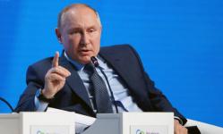 """فلاديمير بوتين.. هل يترشح """"القيصر"""" لرئاسة روسيا مجددًا؟"""