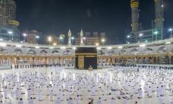 توافد أعداد كبيرة على المسجد الحرام عقب تخفيف الإجراءات الاحترازية