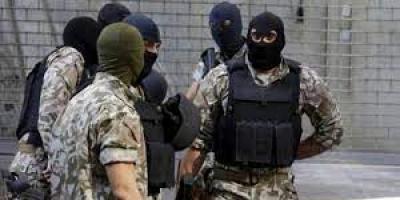 القبض على 4 سجناء عقب فراراهم من مخفر في لبنان