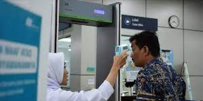 ماليزيا: منع غير الحاصلين على لقاح كورونا من دخول المطاعم