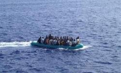إنقاذ 13 مهاجرًا غير شرعي وانتشال 4 جثث لآخرين بالجزائر