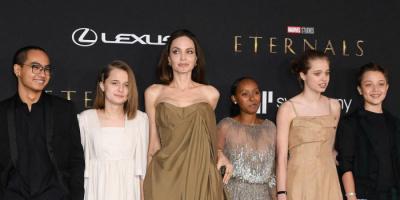 مع أولاها.. أنجلينا جولي تتألق في العرض الخاص لفيلم Eternals