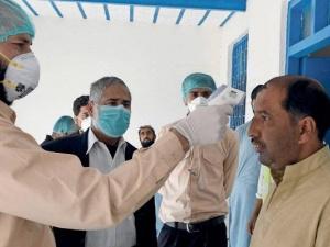 باكستان: 554 إصابة جديدة بكورونا و12 وفاة