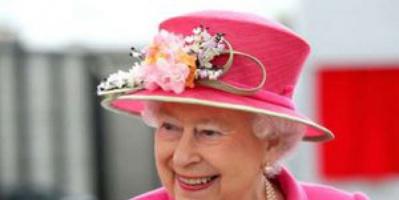 بعد إجراء فحوصات أولية.. ملكة بريطانيا إليزابيث تغادر المستشفى
