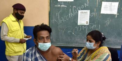 الهند تعيد فتح دور السينما عقب انخفاض إصابات كورونا