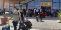مصر.. مطار مرسى علم يستقبل 28 رحلة طيران دولية