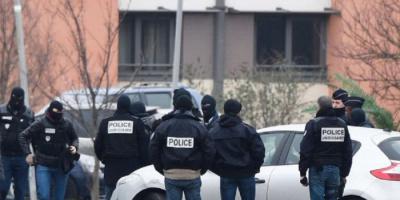 فرنسا: توجيه تهمة الإرهاب لسياسي يميني سابق