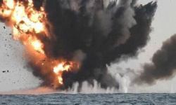 التحالف العربي يستهدف 4 زوارق حوثية مفخخة بالحديدة